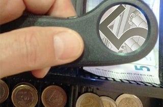 lupa para detectora de falsificaciones en billetes
